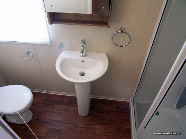 JC175 - Bathroom