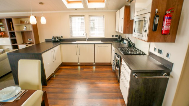 KW1 - Kitchen Area