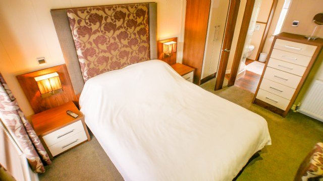 KW1 - Master Bedroom with Ensuite