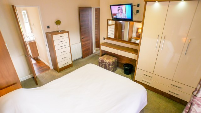 KW1 - Master Bedroom reverse