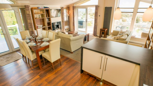 KW1 - General Interior View