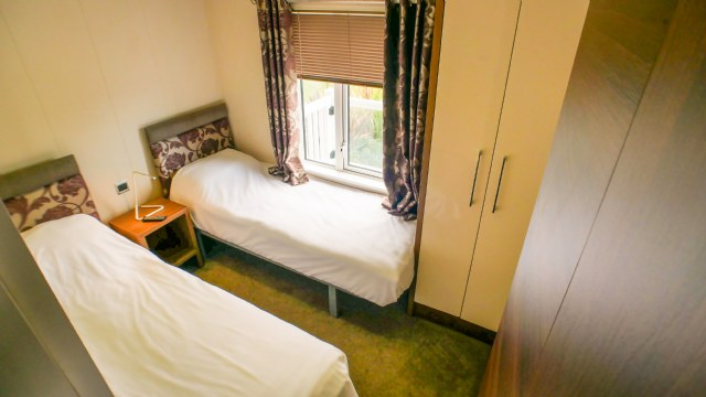 KW1 - 1st Twin Bedroom
