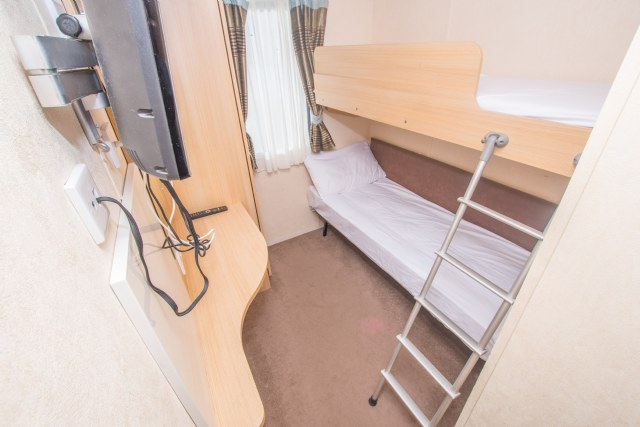 NG20 - 1st Twin Bedroom with Bunkbeds